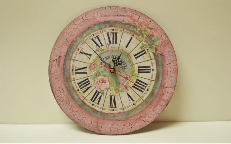 стенен-часовник-с-безшумен-механизъм