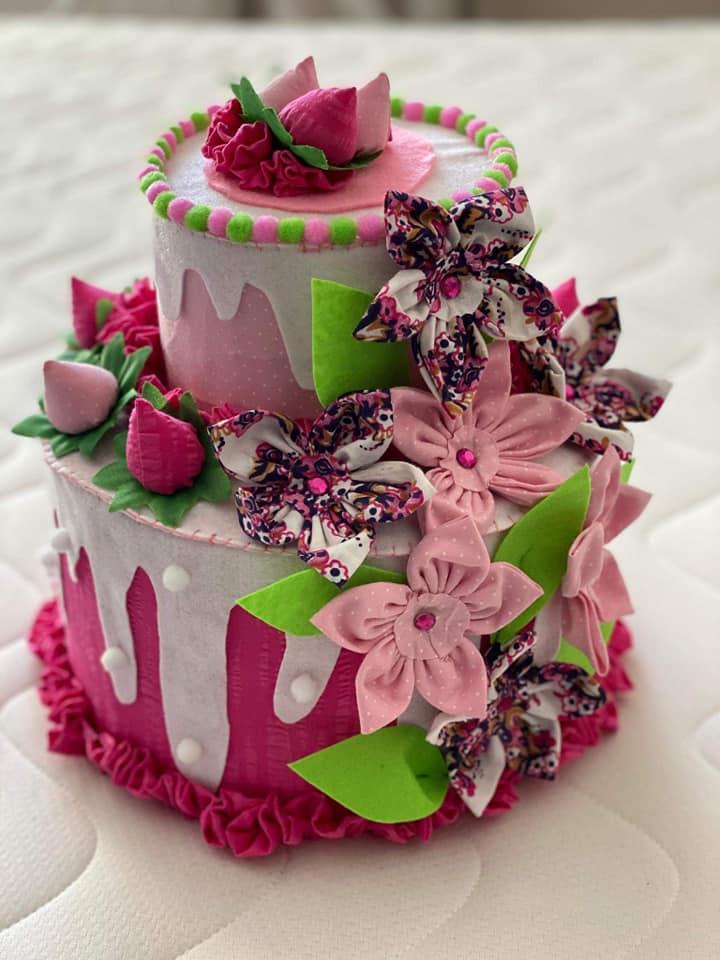 текстилна-торта-с-цветя
