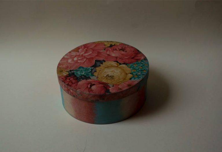 дървена кутия-за-бижута-flowers
