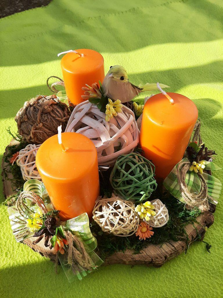пролетна-декорация-с-три-или-четири-свещи