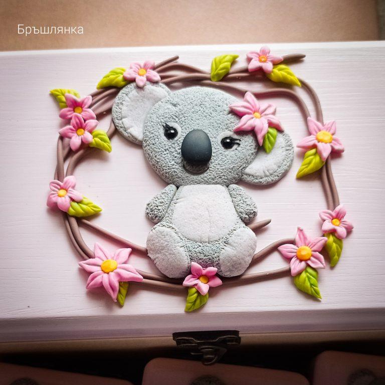 комплект-дървени-кутии-с-бебешки-съкровища-с-коала