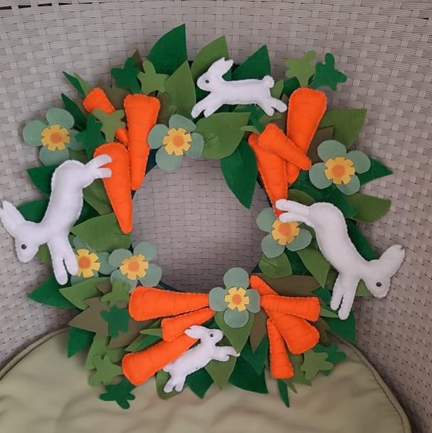 венец-великденско-зайче-с-моркови