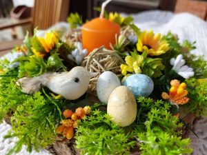 великденска-декорация-със-слънчогледи