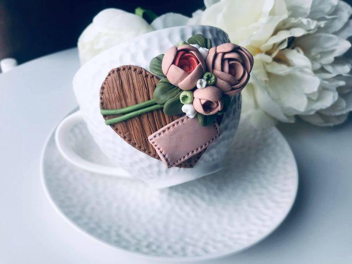 чаша-сърце-с-рози
