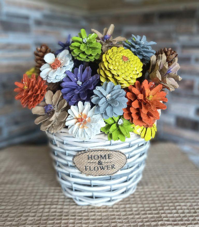 кошница-с-цветя-от-шишарки-ръчна-изработка